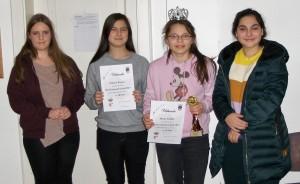 U16w: Dietrich (3.), Burger (2.), Schilay (1.) und Albayrak (4.)